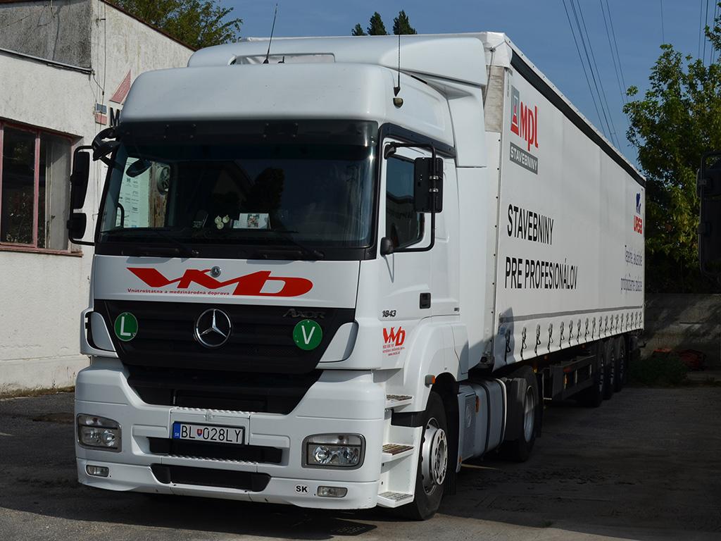 Mercedes_tahac